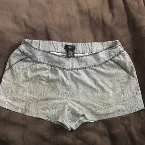Size larger swimming maternity shorts